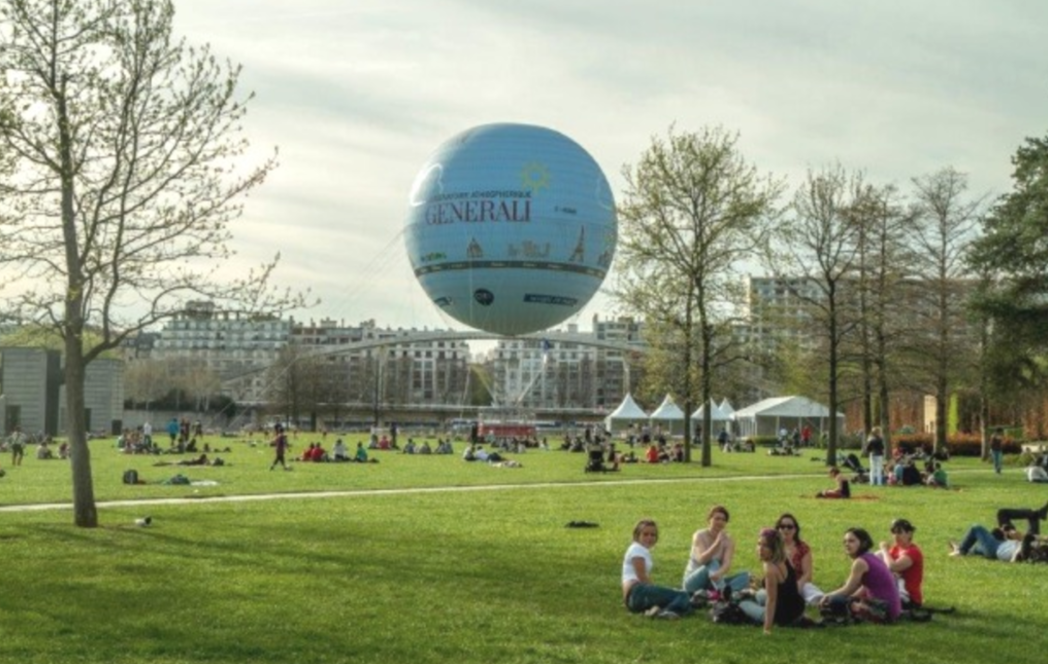 Paris vue d'en haut depuis le ballon du Parc André Citroën